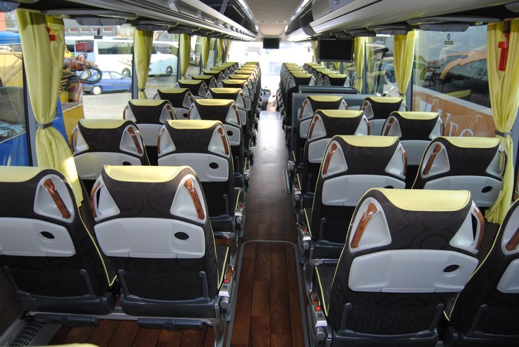 Obrázek: Mercedes-Benz Travego 17RHD