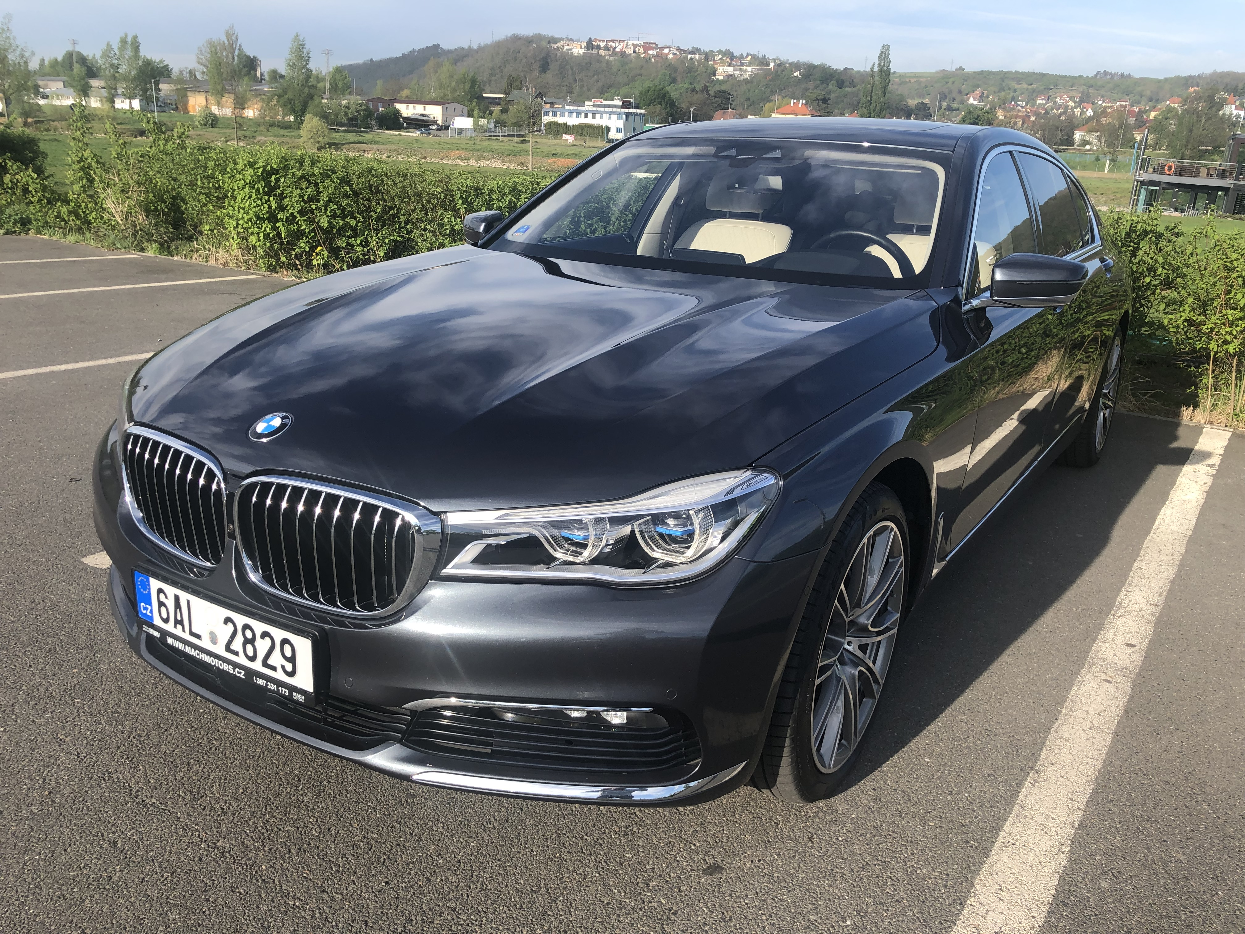 Obrázek: BMW 750Li xDrive